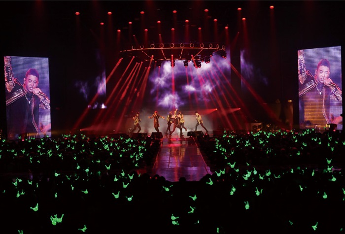 [B.A.P] Live DVD (Live On Earth Pacific)+Photo Book