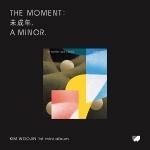 김우진 - The moment : 未成年, A MINOR. (1ST 미니앨범) (B Ver.)